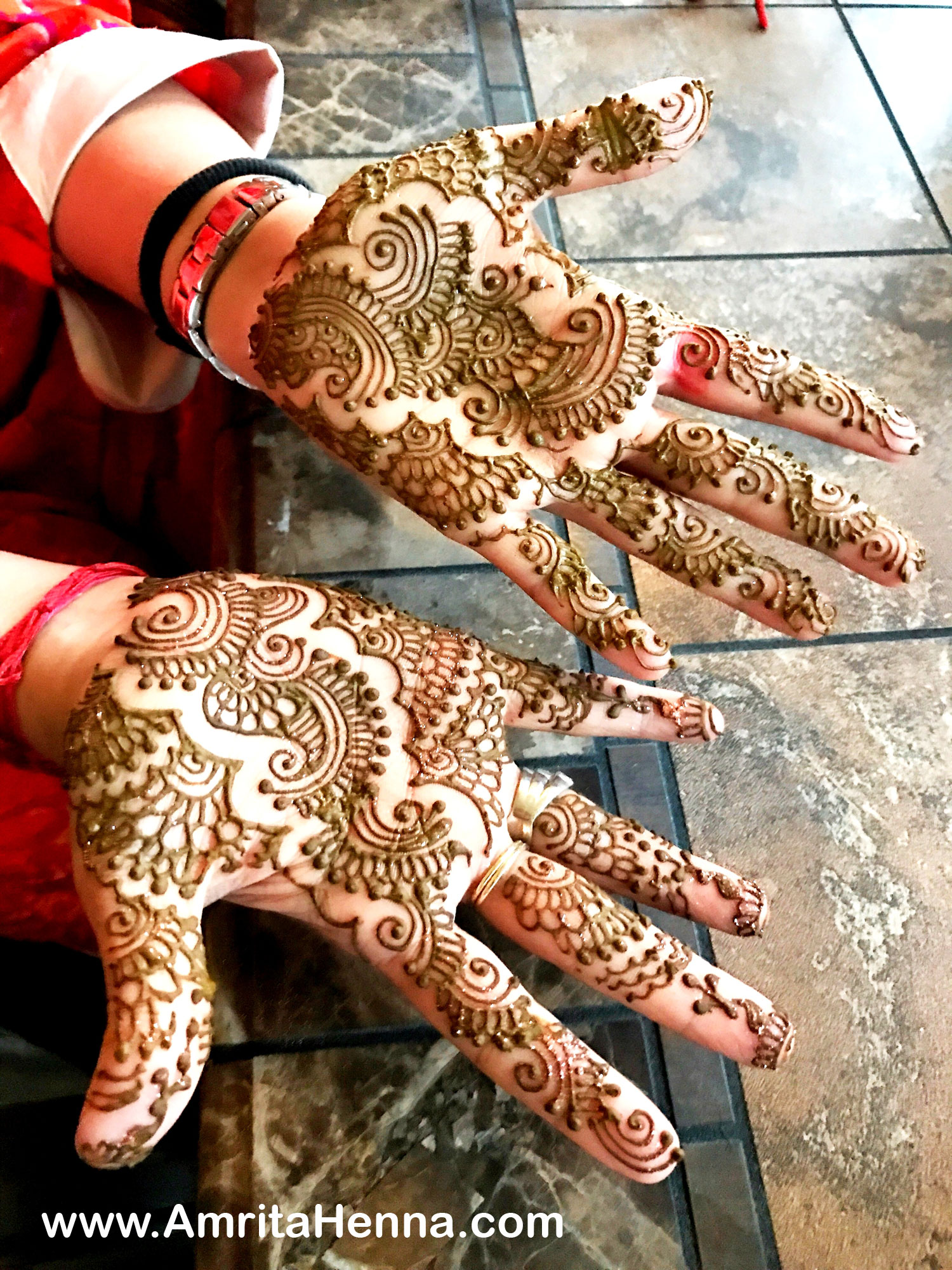 Ring Ceremony Mehndi Design : Top henna designs for your engagement ceremony