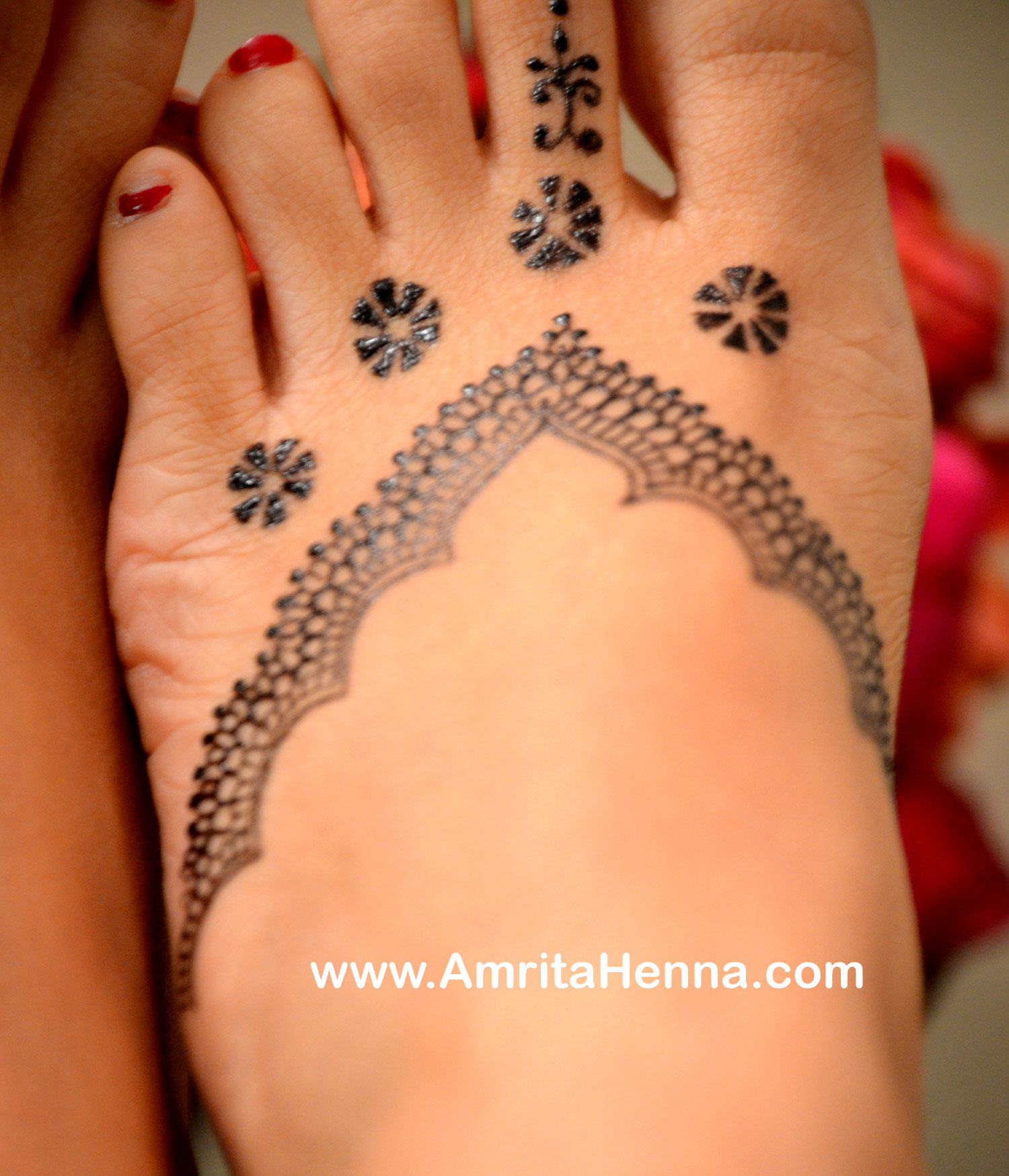 Best Jagua Design for Feet - Most Popular Feet Jagua Design - Best Jagua Art Designs - Jagua Art Work - Jagua Tattoo Art - Must Try Jagua Feet Design - Latest Famous Jagua Feet Design - Easy to Do Jagua Feet Design by Professional Artist Amrita Kale - Best Ideas for Jagua Feet Design