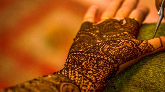 Indian Wedding Henna Ceremony