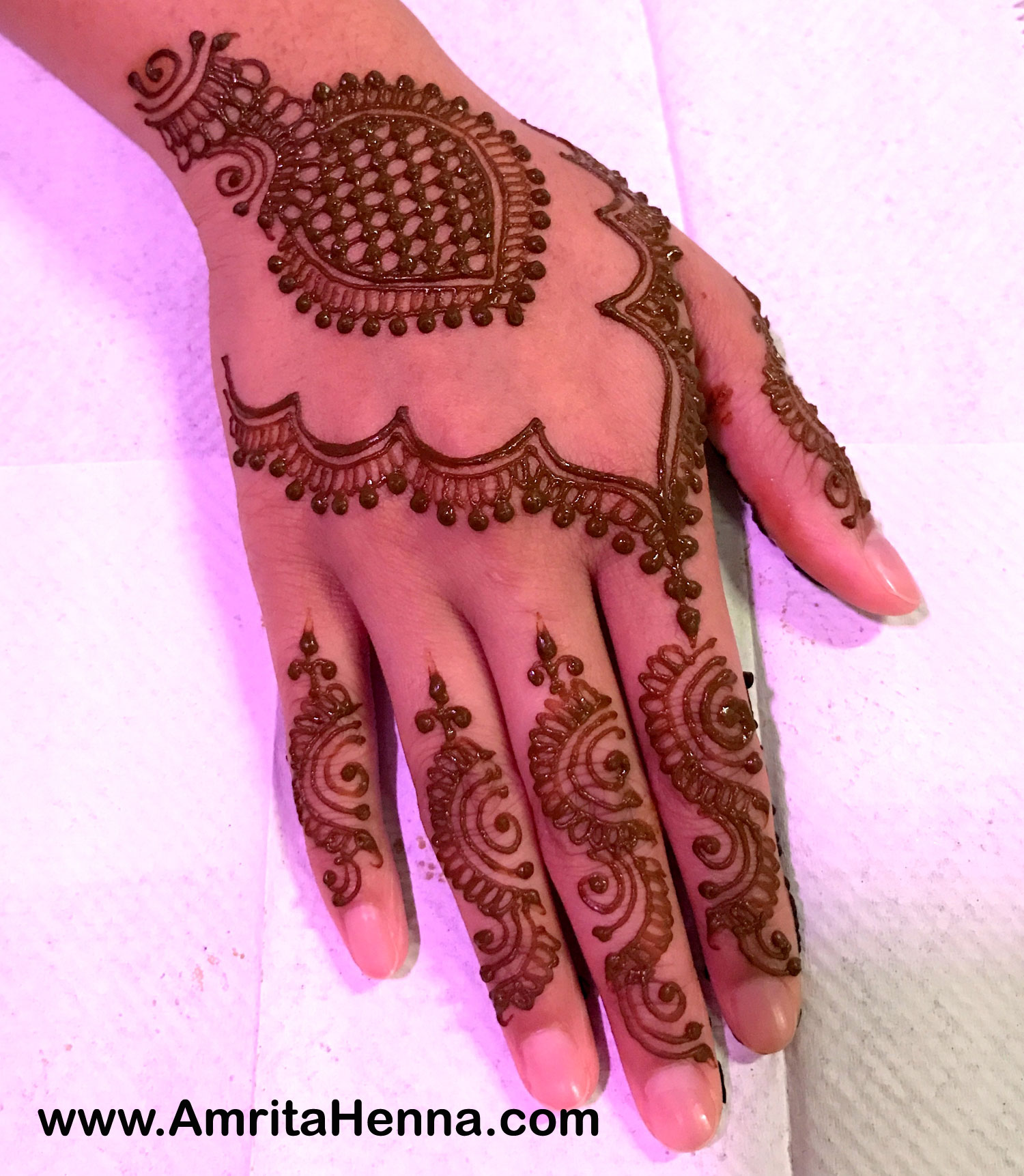 Top 10 Grid Pattern Henna Designs - 10 Best Checks Pattern Mehndi Designs - 10 Stunning Mehendi Designs in Grid Pattern - 10 Most Stylish Mehendi Grid Designs for your Engagement Ceremony - 10 Must Try Most Popular Grid Pattern Henna Designs for Weddings - Top 10 Beautiful Checks Henna Designs for Henna Parties - Top 10 Amazing Grid Checks Pattern Mehandi Designs for Karwachauth