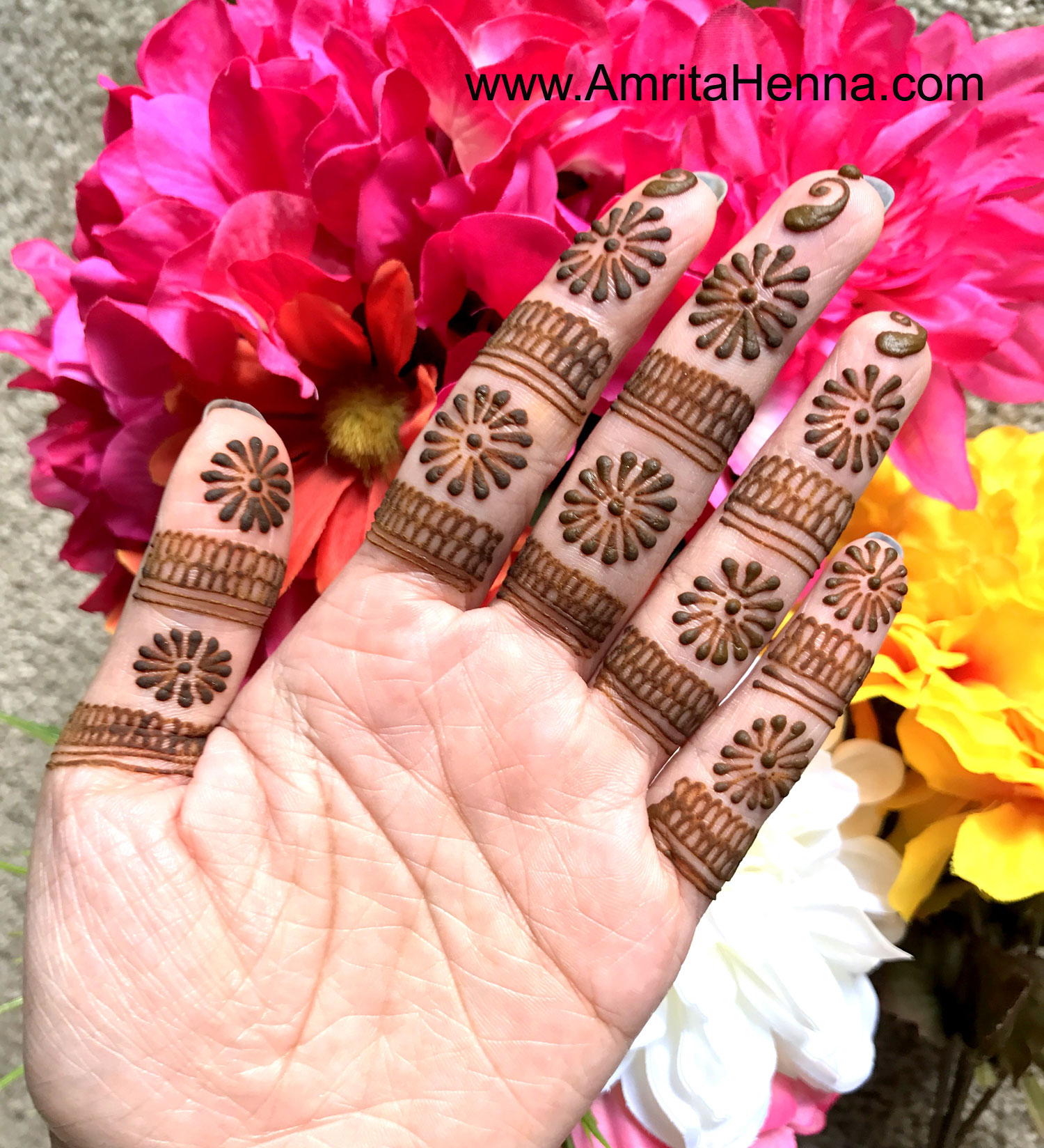 Top 10 Unique Henna Designs - 10 Must Try Most Unique Mehndi Designs for Weddings - Top 10 stunning very Unique Mehendi Designs - Top 10 Special Creative Henna Mehndi Designs - Top 10 unique Mehandi Designs for you