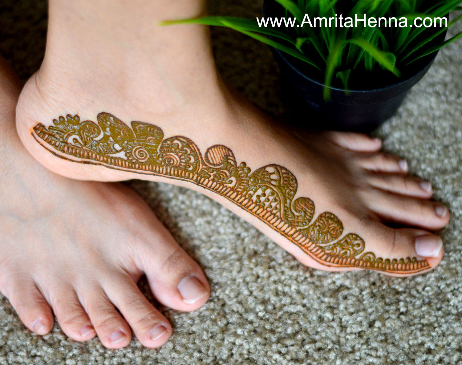 Mehndi Easy Design : Top easy and quick feet henna designs for beginners