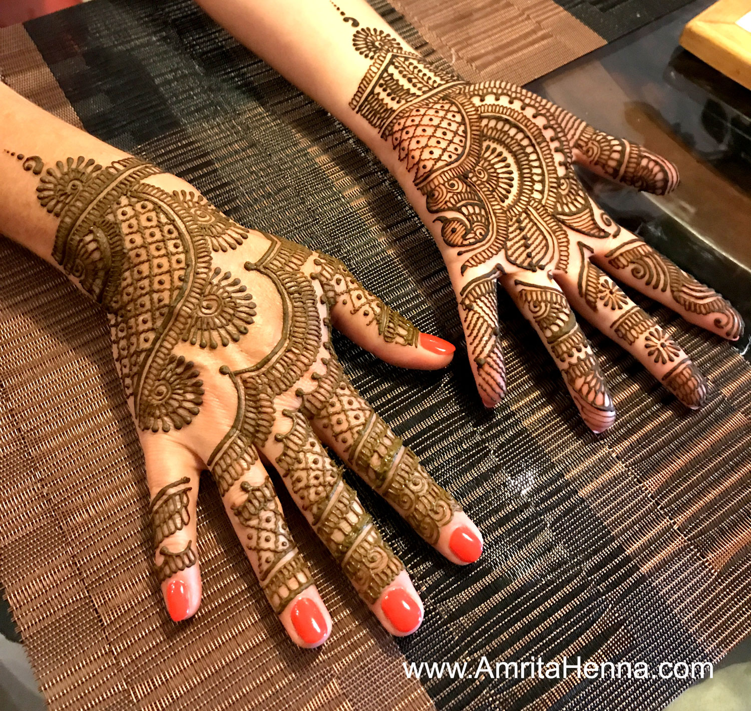 TOP 10 EID HENNA DESIGNS - 10 BEST MEHNDI DESIGNS FOR EID - TOP 10 STUNNING RAMADAN MEHENDI DESIGNS -  10 MUST TRY EID HENNA DESIGNS - 10 MOST POPULAR EID MEHANDI DESIGNS - EID MUBARAK HENNA DESIGNS - SPECIAL RAMADAN MEHNDI DESIGNS - DONT MISS THESE 10 UNIQUE EID HENNA DESIGNS