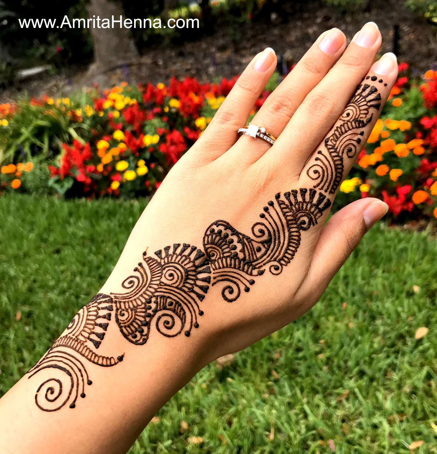 Top 10 Diy Easy And Quick 2 Minute Henna Designs Henna Tattoo