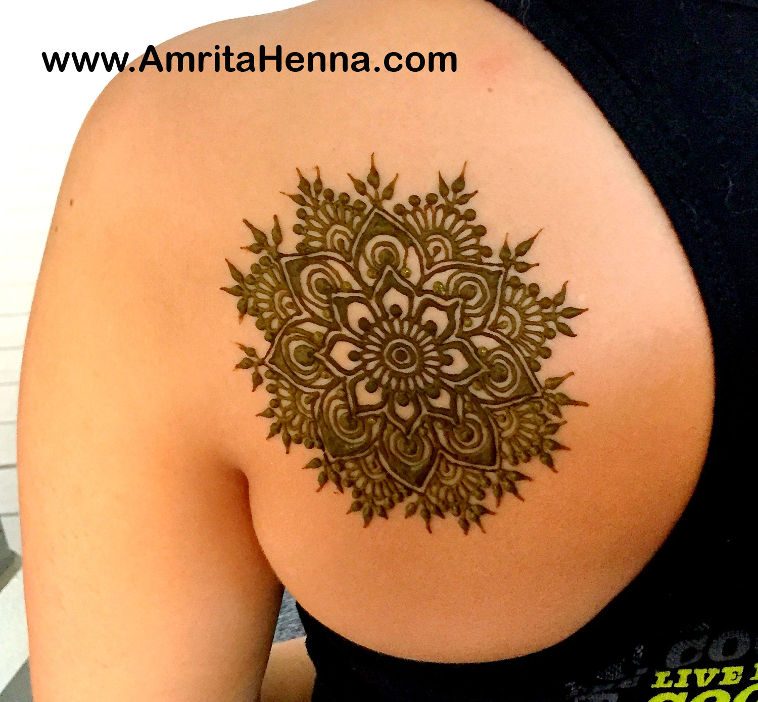 Top 5 Trendy Shoulder Henna Designs For Summer Henna Tattoo Mehndi