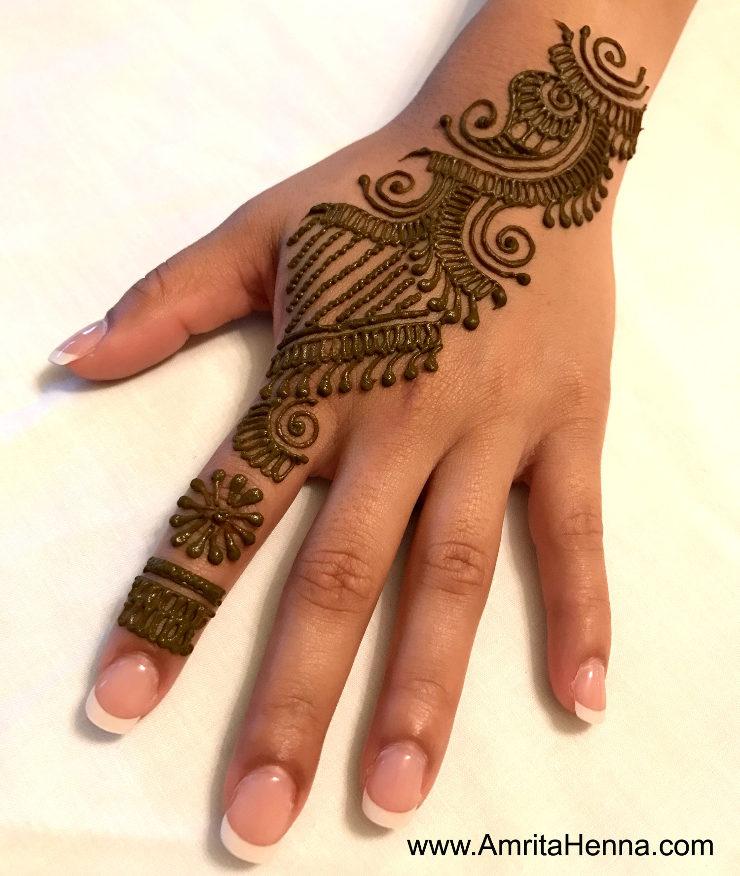top 10 beautiful henna designs for indian raksha bandhan festival henna tattoo mehndi art by. Black Bedroom Furniture Sets. Home Design Ideas