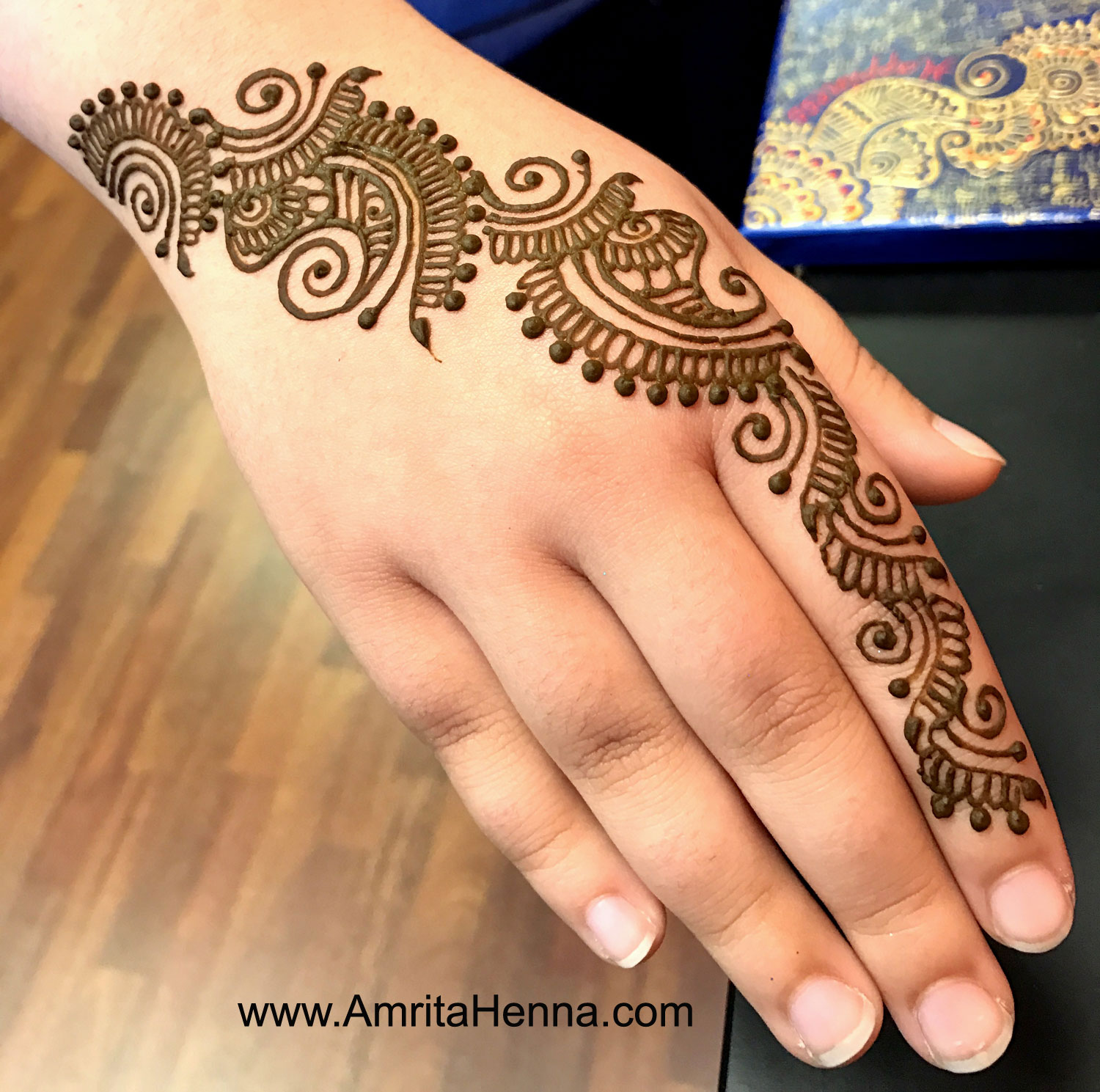 top 10 beautiful henna designs for indian raksha bandhan