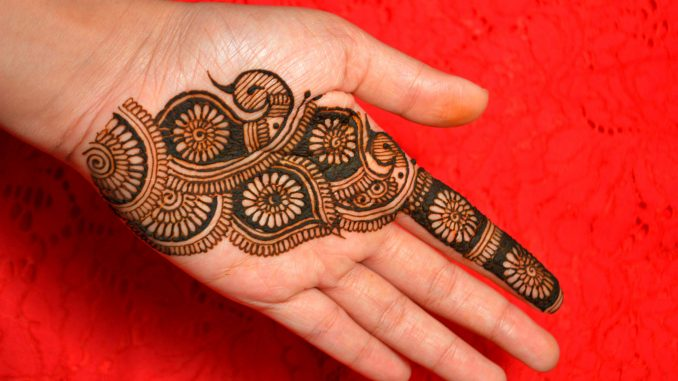 13 Unique Henna Designs Doing The Rounds This Wessing: HENNA TATTOO MEHNDI ART BY AMRITA