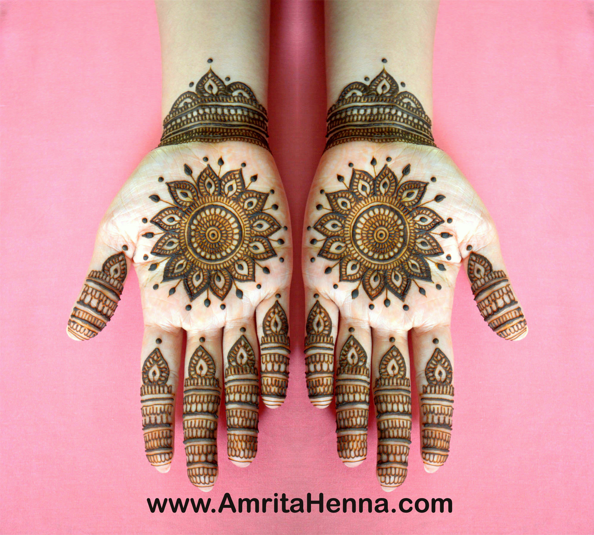 TOP 10 INTRICATE TRADITIONAL INDIAN BRIDAL HENNA MEHNDI
