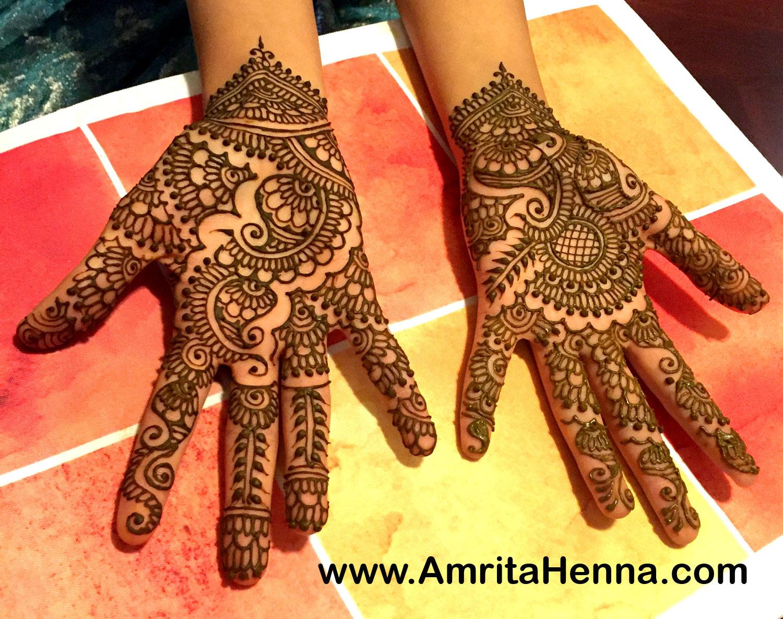 mehndi designs for engagement bride