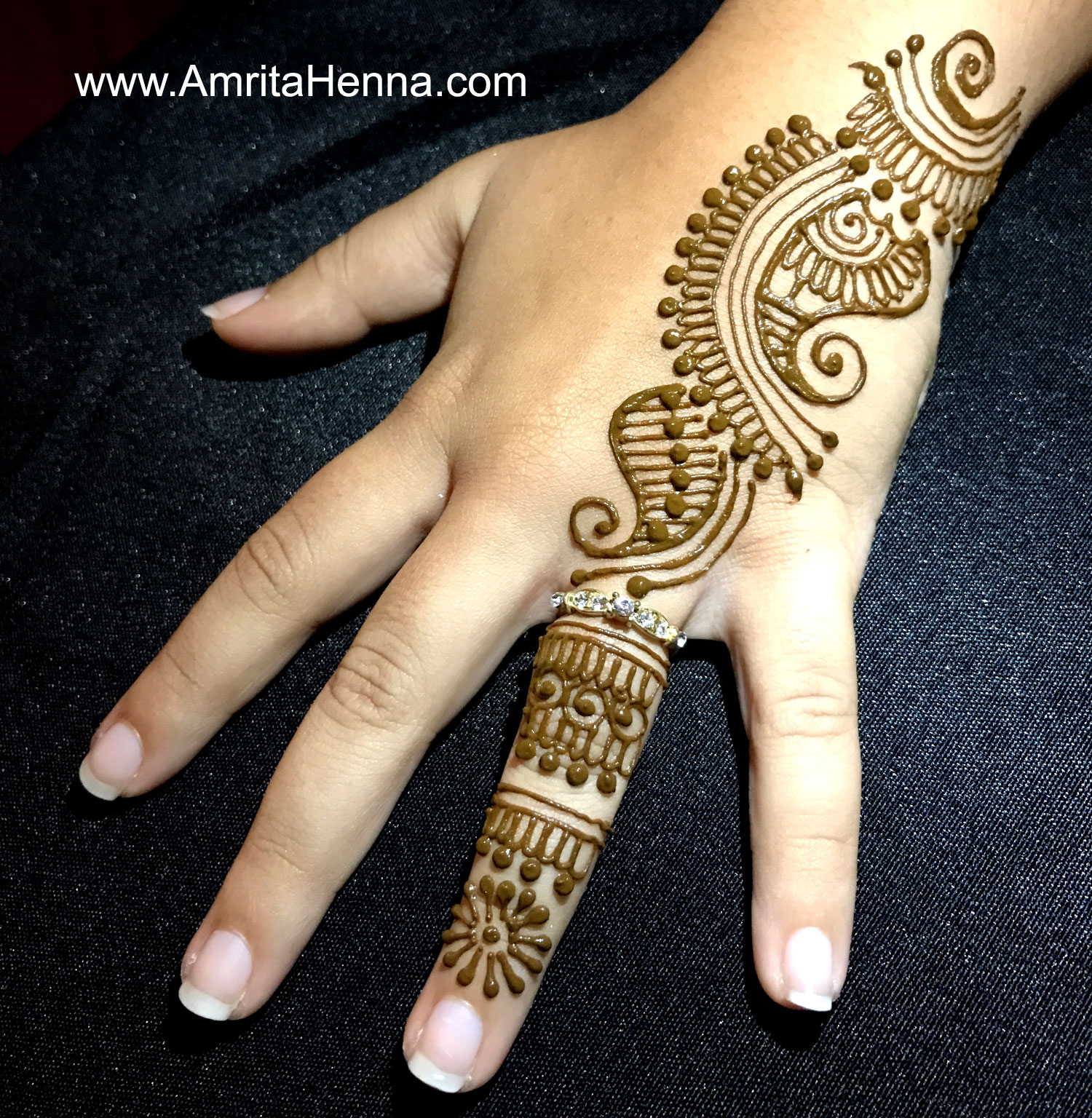 TOP 10 HENNA DESIGNS FOR A GIRLS NIGHT - 10 BEST MEHNDI DESIGNS FOR A GIRLS GET TOGETHER - STUNNING MEHENDI DESIGN IDEAS FOR A GIRLS PARTY - TOP 10 MEHANDI DESIGNS FOR A GIRLS WEEKEND PARTY - 10 COOL HENNA DESIGNS FOR YOUR AND YOUR FRIENDS - TOP 10 GIRLS PARTY IDEAS - 10 BEST GIRLY NIGHT IDEAS - TOP 10 THINGS TO DO IDEAS FOR A GIRLS PARTY - HENNA DESIGNS FOR A GIRLS GANG - GIRLY THINGS IDEAS - TOP 10 HENNA DESIGNS FOR A CHICK BASH